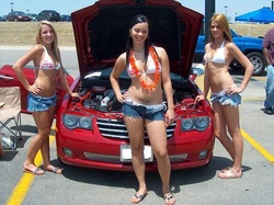 Hot women at car showes